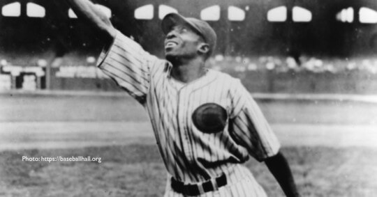 Black and white of cool papa bell catching ball